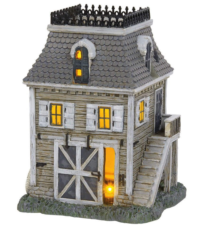 DT6004825 - The Addams Family Carriage House